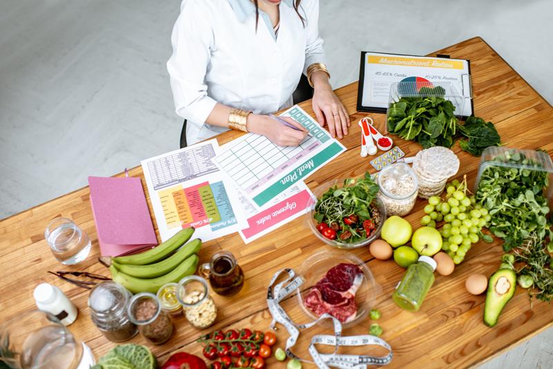 管理栄養士コラム 社会人が管理栄養士になる方法をご紹介 管理栄養士コラム 社会人が管理栄養士になる方法をご紹介